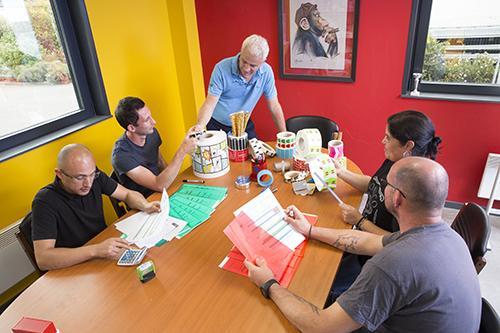 Discussion avec une partie de l'équipe, construire une solution performante