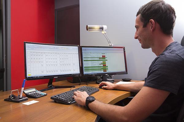 Le planning, pas toujours simple quand on a 28 composants sur une seule commande client