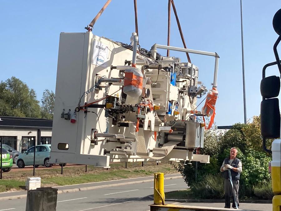 Nouvelles machine, 7 tonnes, 7 métres pour faire des étiquettes réservoirs