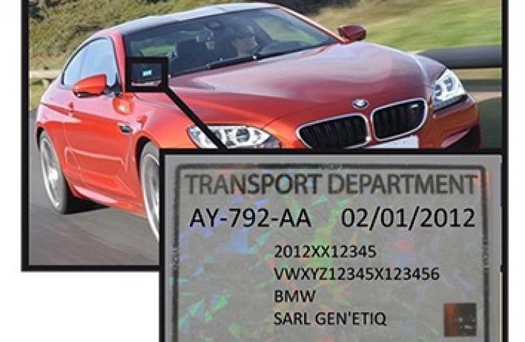 Etiquette identification voiture
