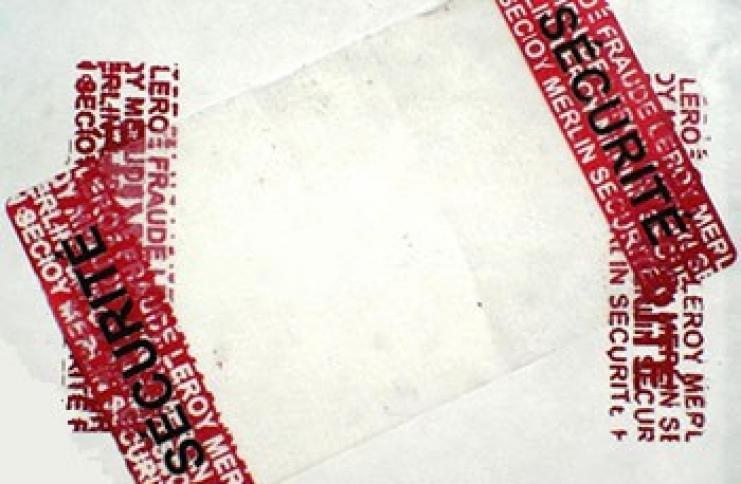 Etiquette de sécurité VOID avec résidu pour colis